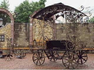 Кованые мангалы – украшение вашего дачного участка